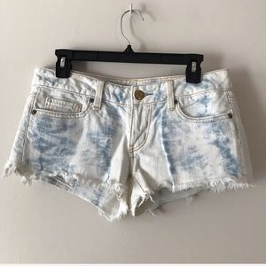 American Eagle Outfitters Shorts Whitewash Size 4